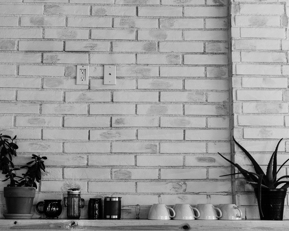 Day 44 - 365 Day B&W Photo Challenge - White washed wall at Legend's Coffee Shop - Fuji XT-3, XF35mm f/2, Acros R Film Simulation