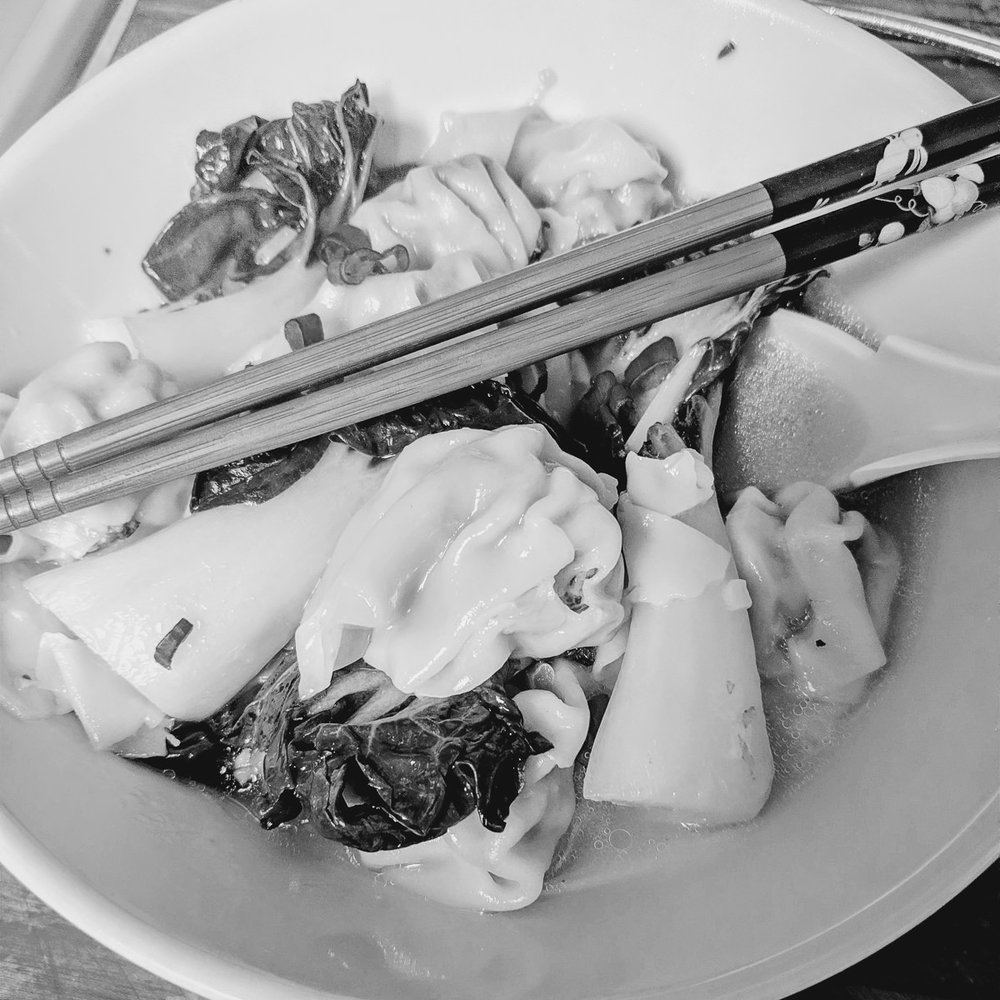 Day 81- 365 Day B&W Photo Challenge - Wonton Soup. Google Pixel 3, VSCO B3 Preset