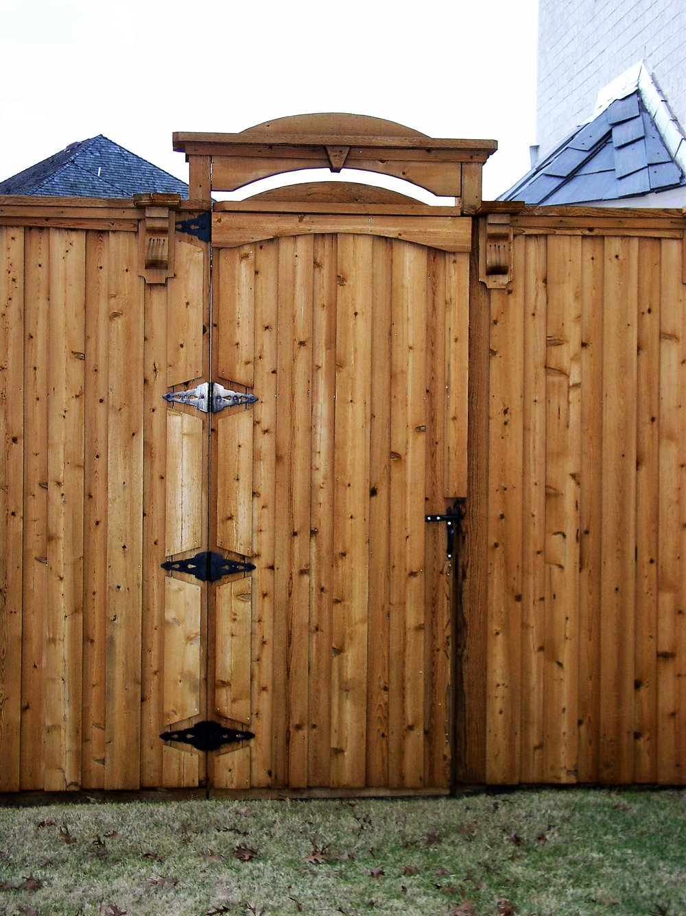 Gate 004.jpg