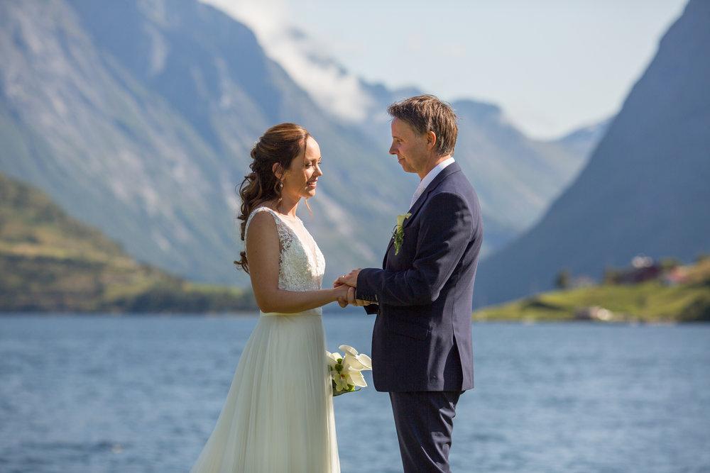 Lenita.Frode.Wedding-14.jpg