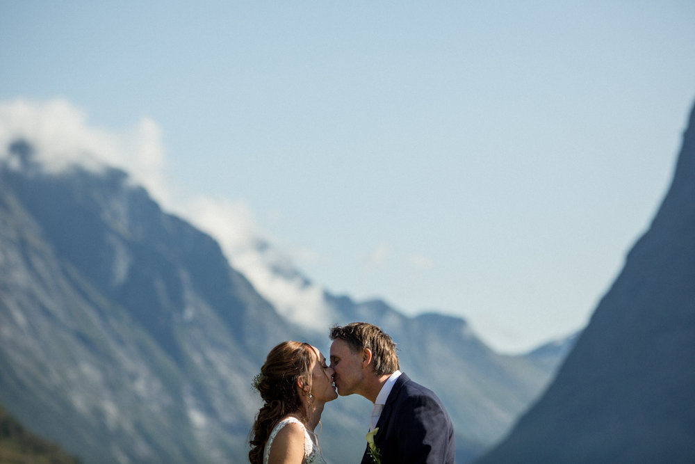 Lenita.Frode.Wedding-16.jpg