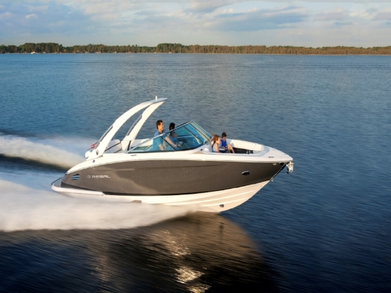 2018 28' Regal Bowrider   - Rich in comfort and amenities, the 2800 is the perfect combination of beauty and brawn. Experience the thrill of speed without sacrificing the cockpit comfort that brings everyone together for the perfect day out on the water.Courtesy of Alexander Marine USA.