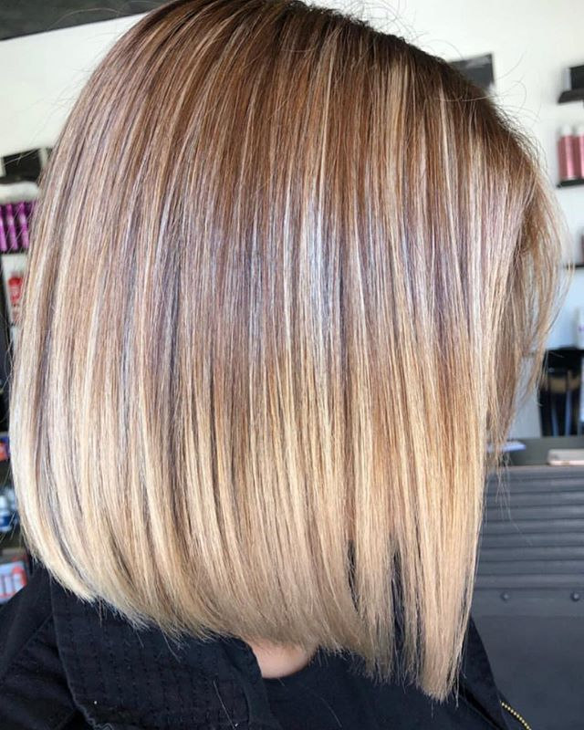 Happy Friday JR ❕❕❕👀 Who needs some weekend hair 👀 __________________________________ ______________________________ Stylist @colorbylilly  #highlights #sharpcut #downeyhair