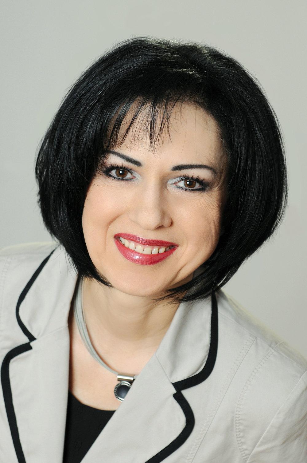Brigitte Maier - Orthomolekular-CosmetologinExpertin für Hautgesundheit