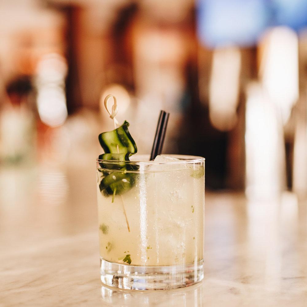 Bar esquina cocktails.jpg