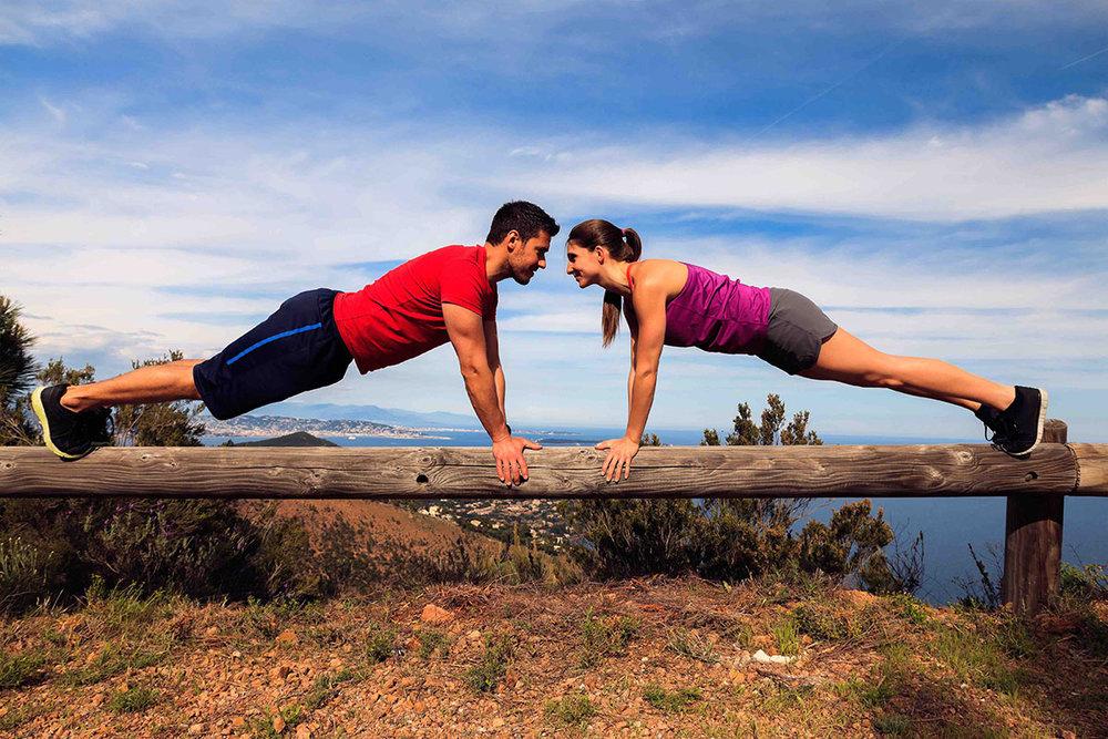 couple doing planks_sm.jpg