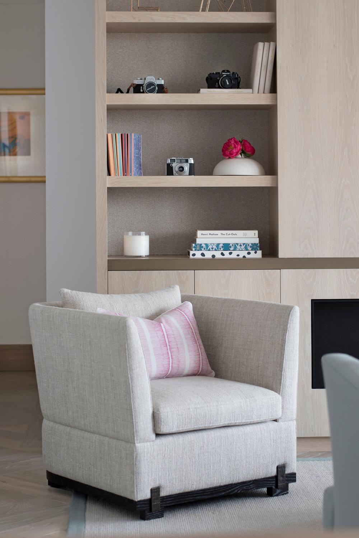 MARYLEBONE-VILLAGE-APARTMENT_armchair.jpg