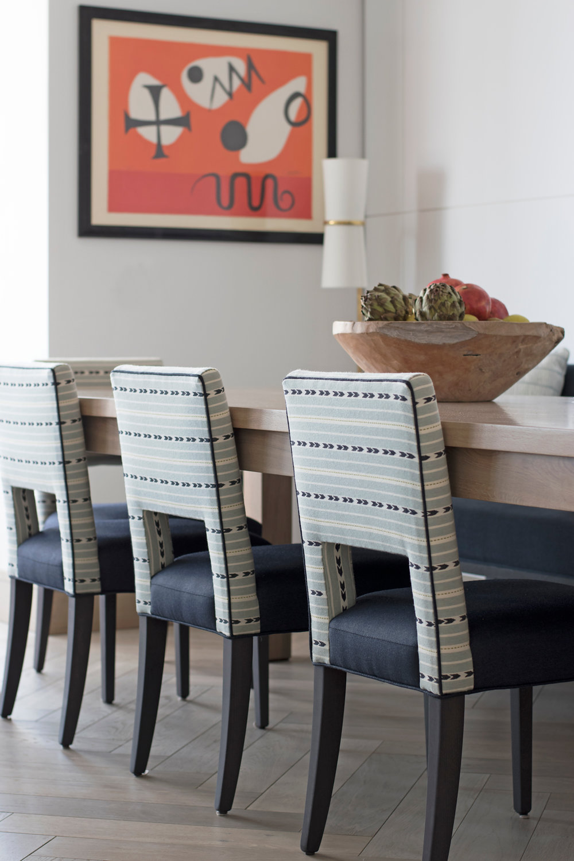 MARYLEBONE-VILLAGE-APARTMENT_dining_chairs.jpg