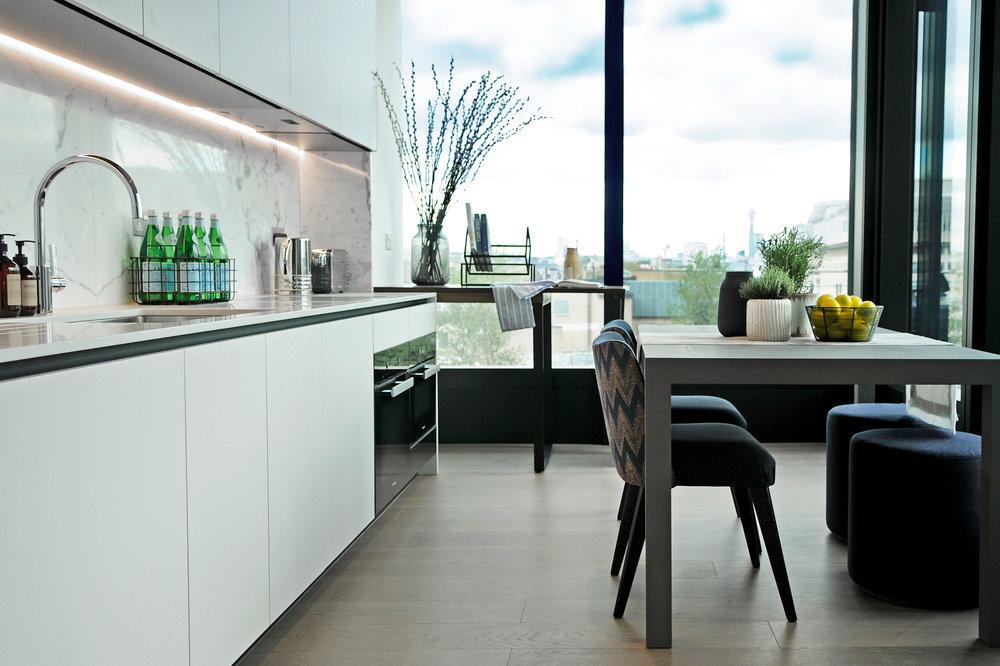 Buckingham-green_kitchen1.jpg