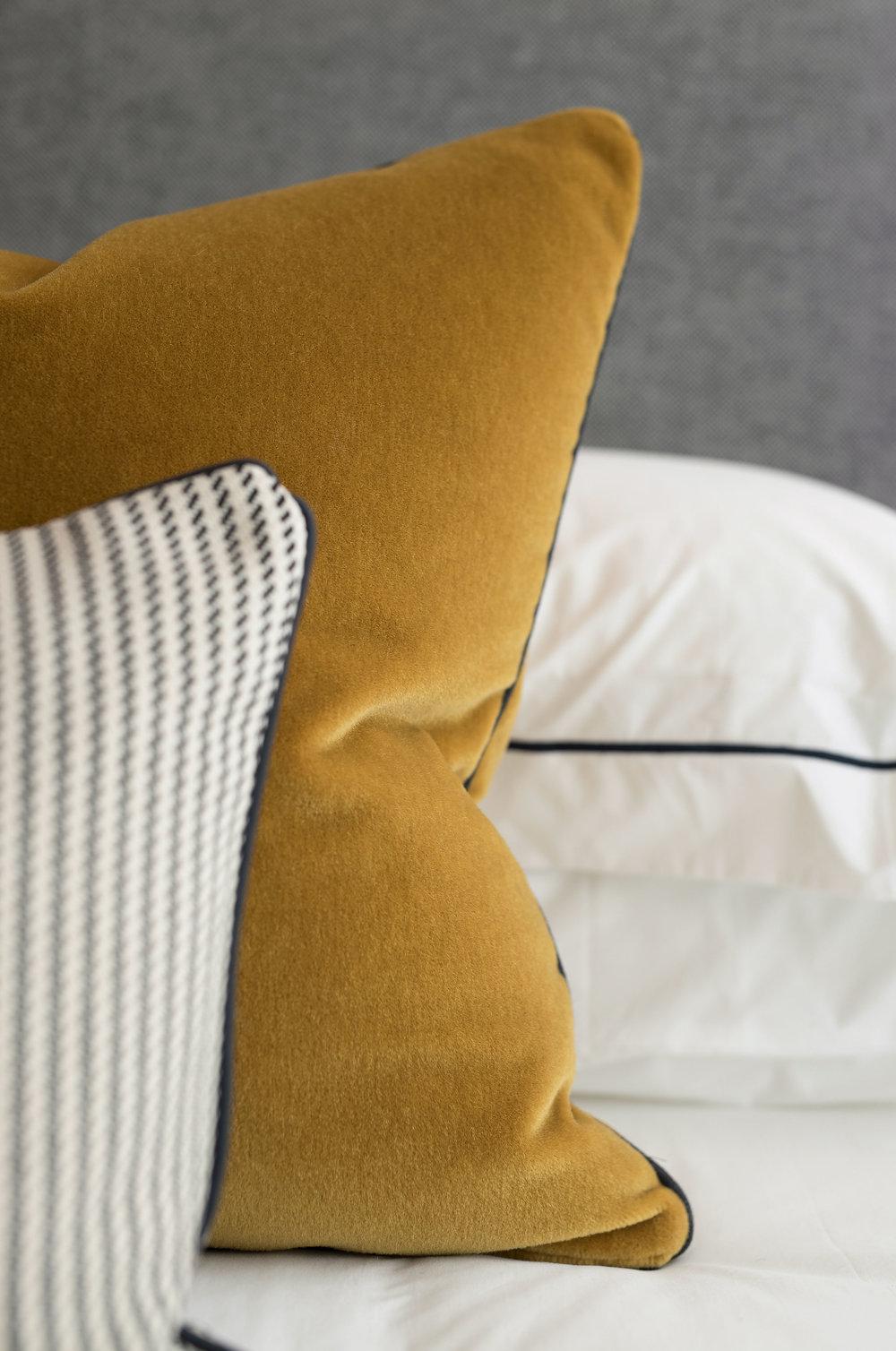 Buckingham-Green_Master-Bedroom_detail3.jpg