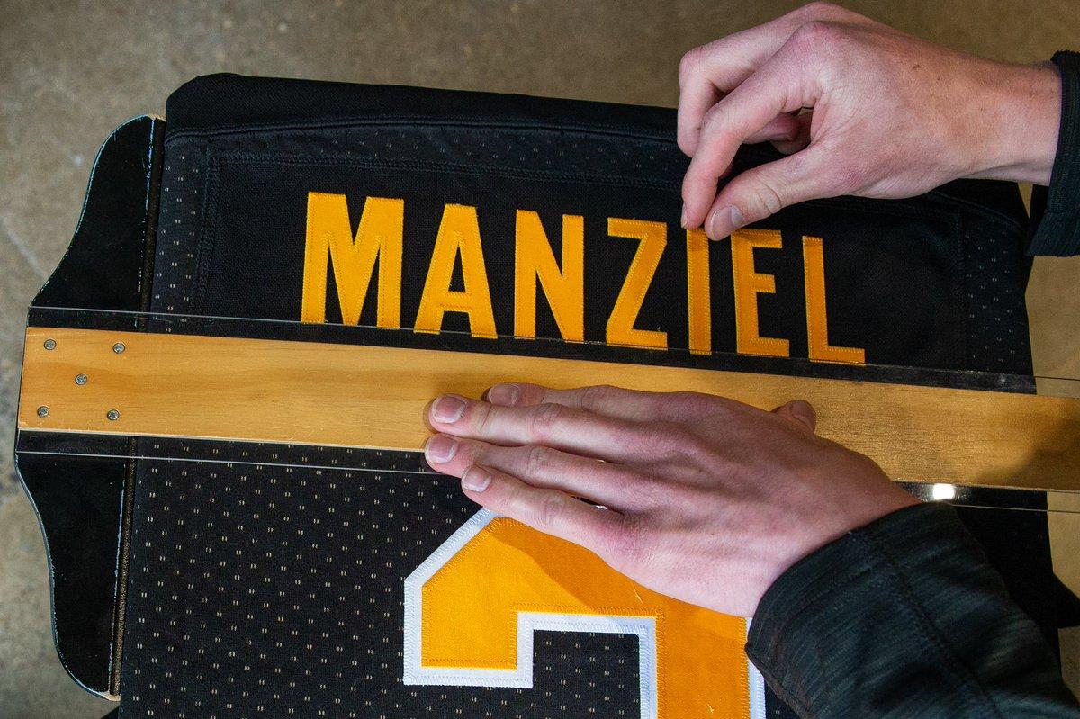 aeff9b707 Johnny Manziel joins the Hamilton Tiger-Cats — UNISWAG