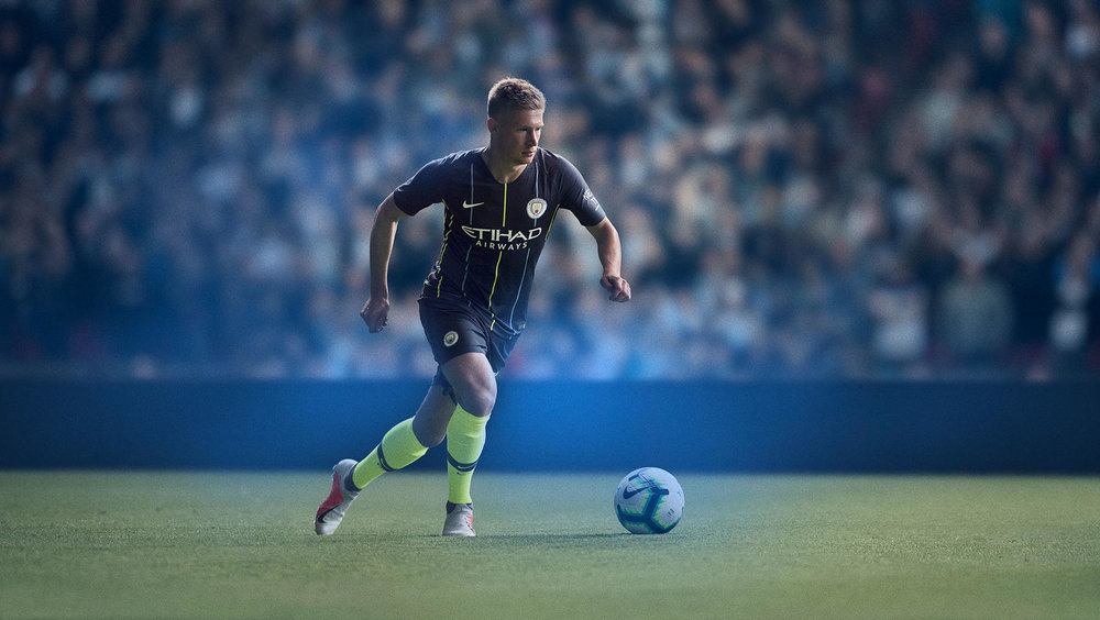 ManchesterCity_2018-19_SUFA18_FB_CKC_MCFC_INGAME_AWAY_KDB_HR_native_1600.jpg