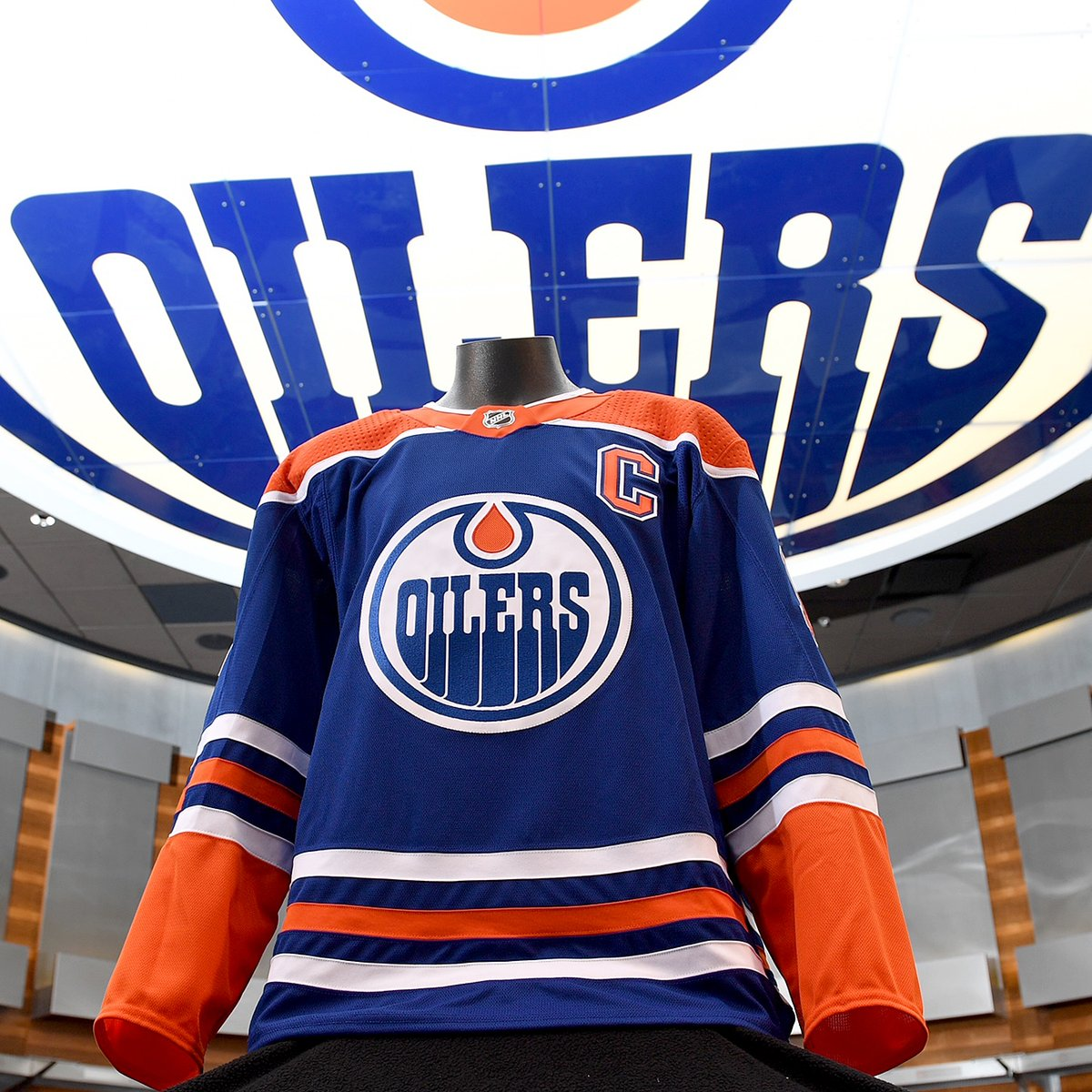 sports shoes f38a9 0c404 Edmonton Oilers Retro Jersey — UNISWAG