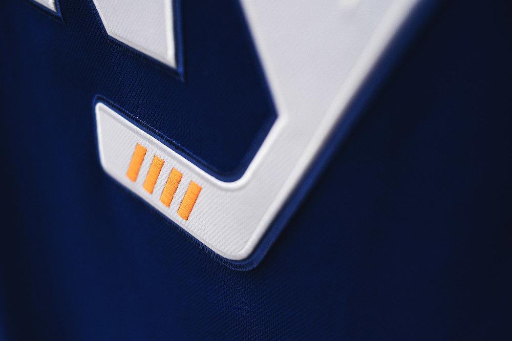 adidasHokcey_Islanders_3rdJersey_008.jpg
