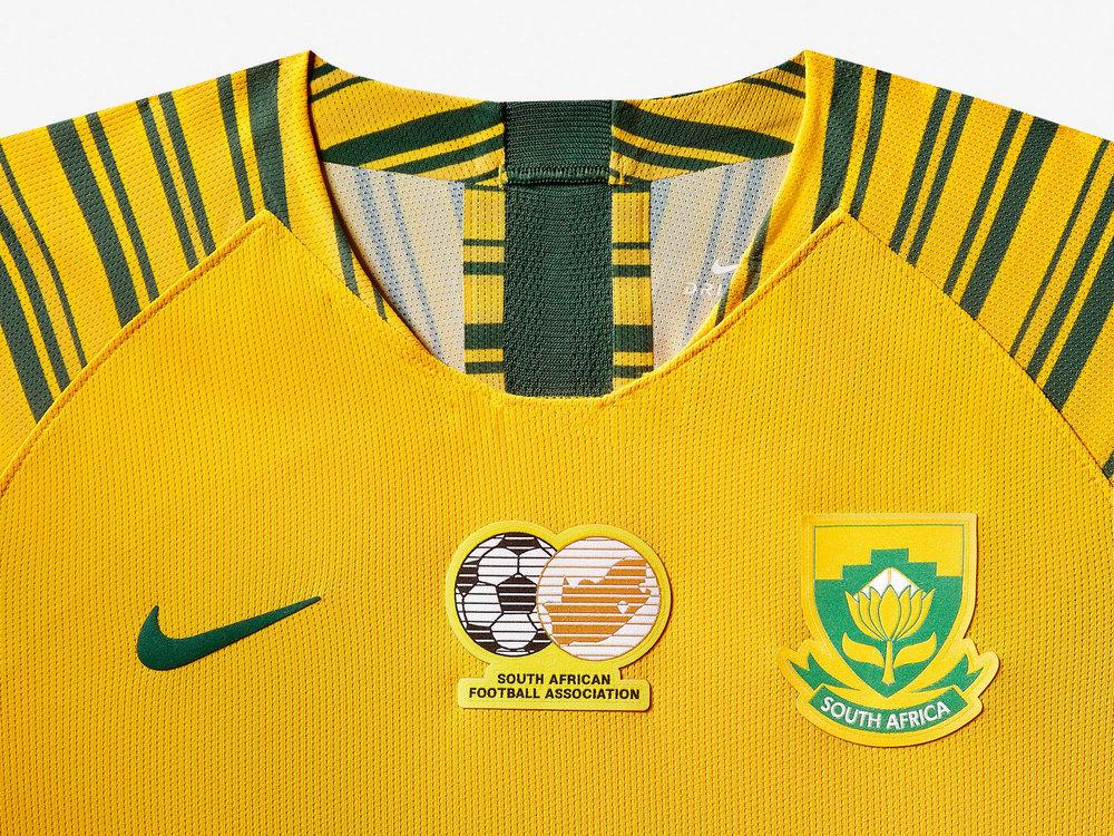 south-africa-national-team-kit-2019-laydown015_85897.jpg