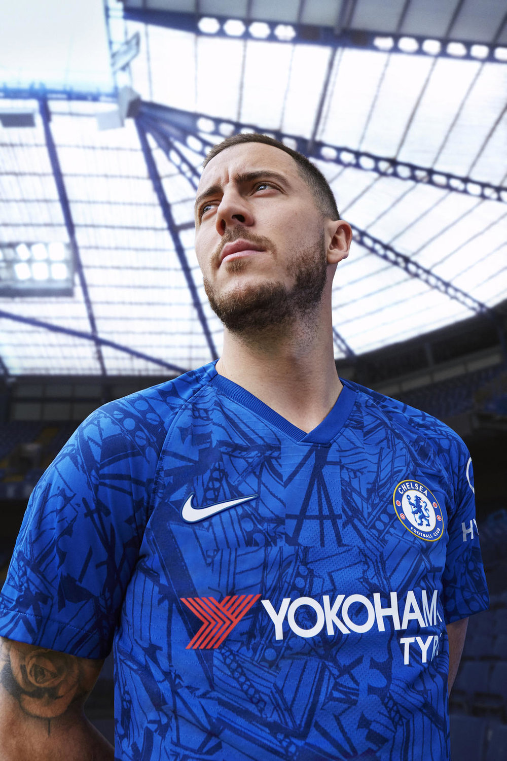 Nike_ChelseaFC_HomeKit_2019-20_4_native_1600.jpg