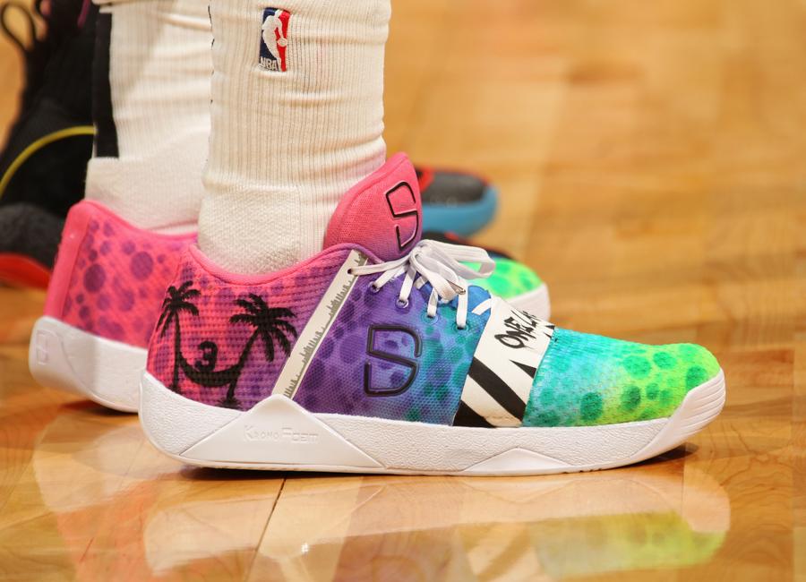 dinwiddie-sneakers-2019-13.jpg