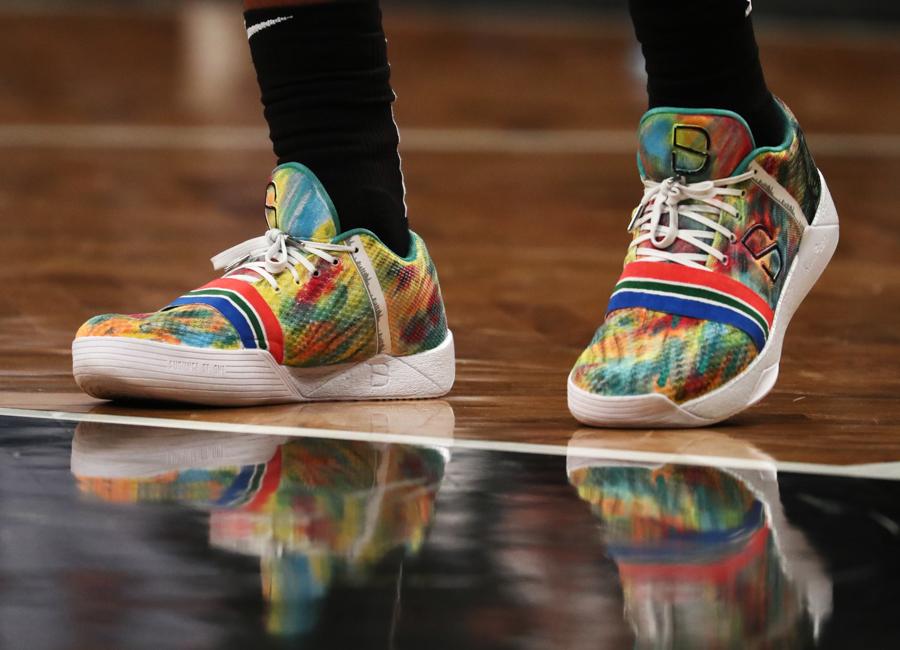 dinwiddie-sneakers-2019-17.jpg