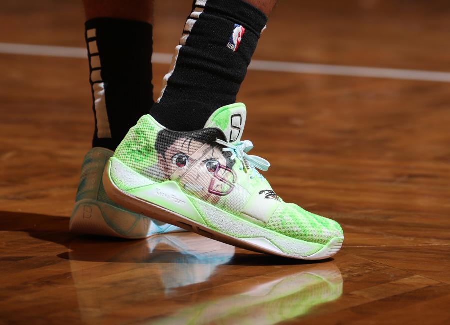 dinwiddie-sneakers-2019-19.jpg