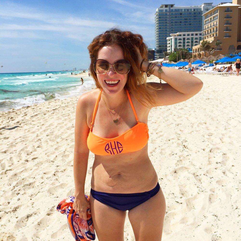 THE  bikini pic that set off a million reposts, c/o  Rachel Hollis