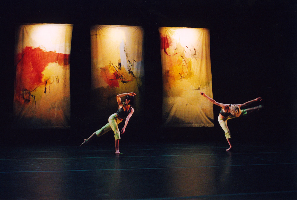 Photo: Tony Gallagher. Dancers: Christina Sanchez, Jennifer Howard