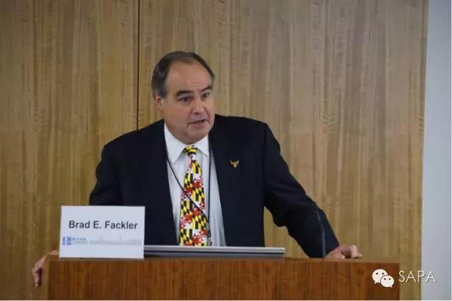 马里兰州政府生物健康部高级主管Brad E. Fackler致辞