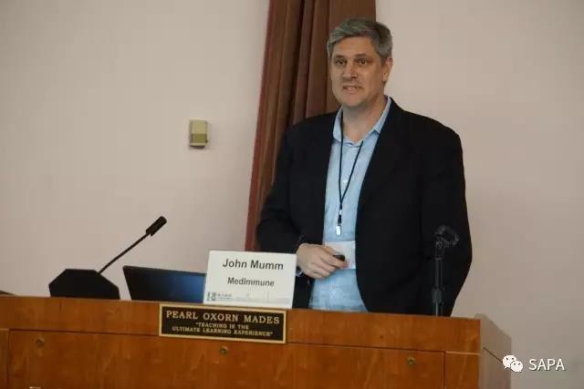 John Mumm博士