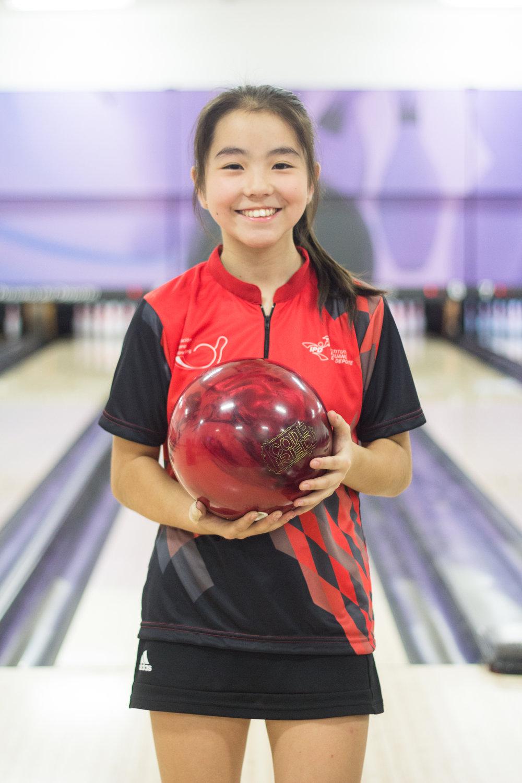 Sophie Oshiro    15 años