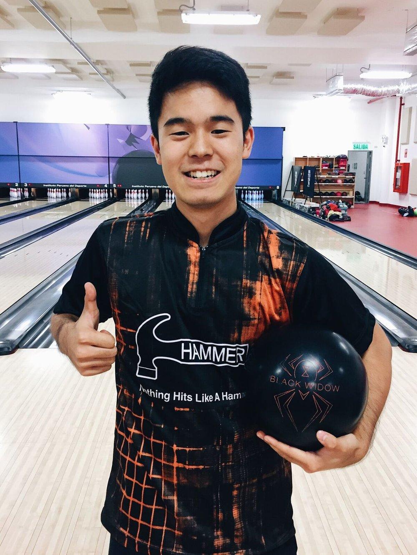 Yum Staffer Hammer - Nuestro seleccionado nacional Yum Ishikawa ha renovado su contrato con la compañía Hammer Bowling por un año más.
