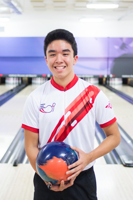 Esteban Higa    15 años