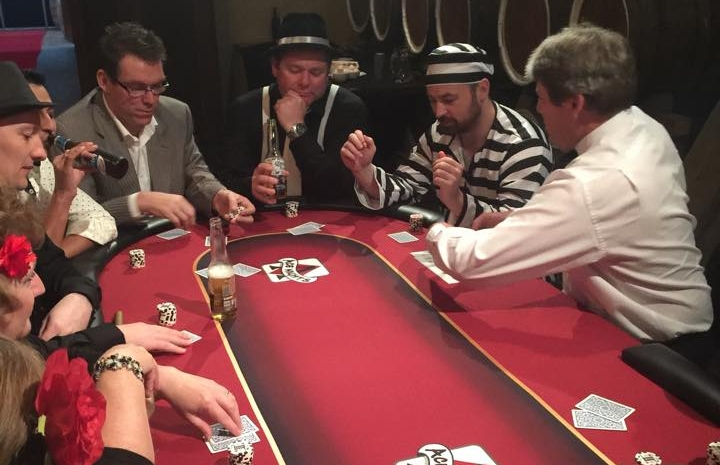 Casino Tables - It's a fantastic icebreaker and a great way to get all your guests involved in the night. All betting is done with fun money, so your guests will enjoy an authentic casino experience without the risk of losing their own money.