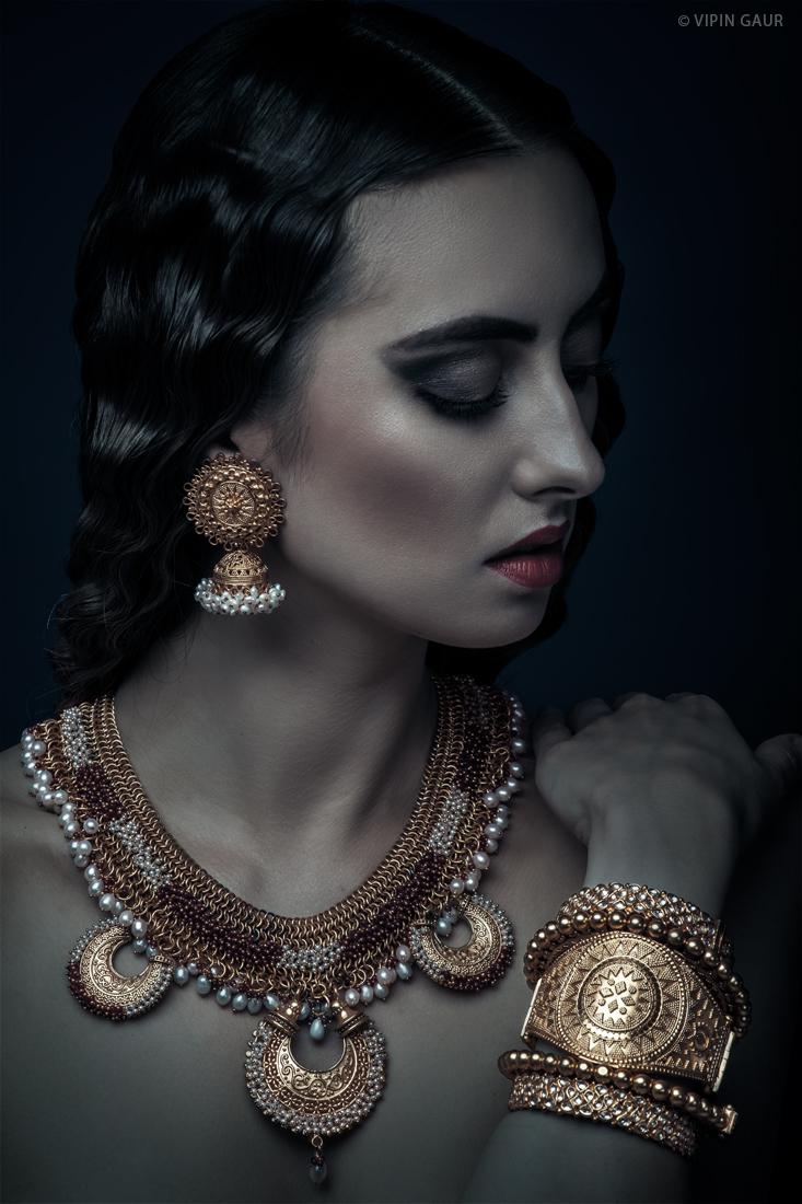 Professional Makeup Artist Noida