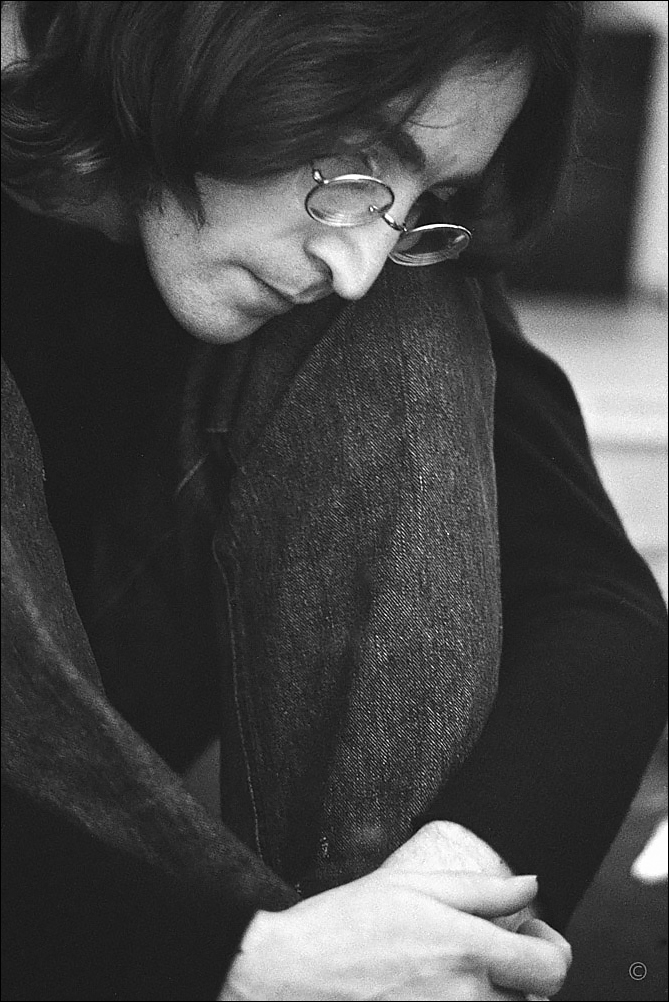 LennonWhite Album © Yoko Ono Photo Ethan Russell.jpg
