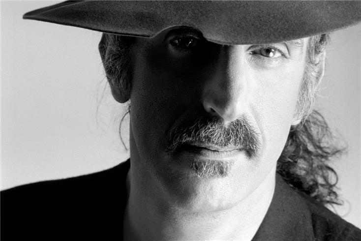 Frank Zappa-Fedora.jpg