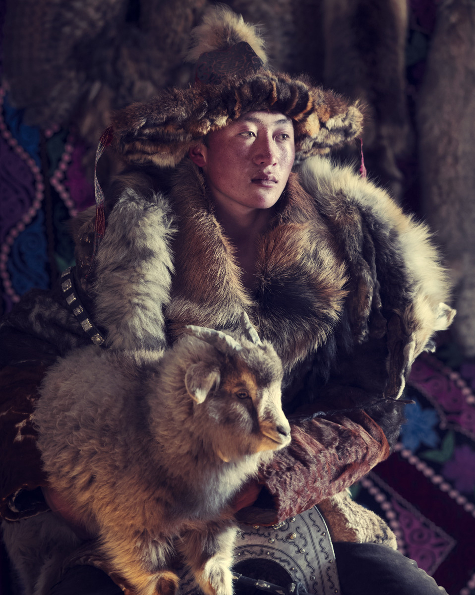 XXX 15 Esker Eagle hunter Sagsai, Bayan Ulgii Province, Mongolia 2017  Homage to Humanity by Jimmy Nelson  Available in 4 sizes. Small editions.  Price on request