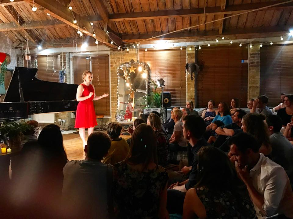 Lizzie Holmes   DEBUT at Shoreditch Treehouse