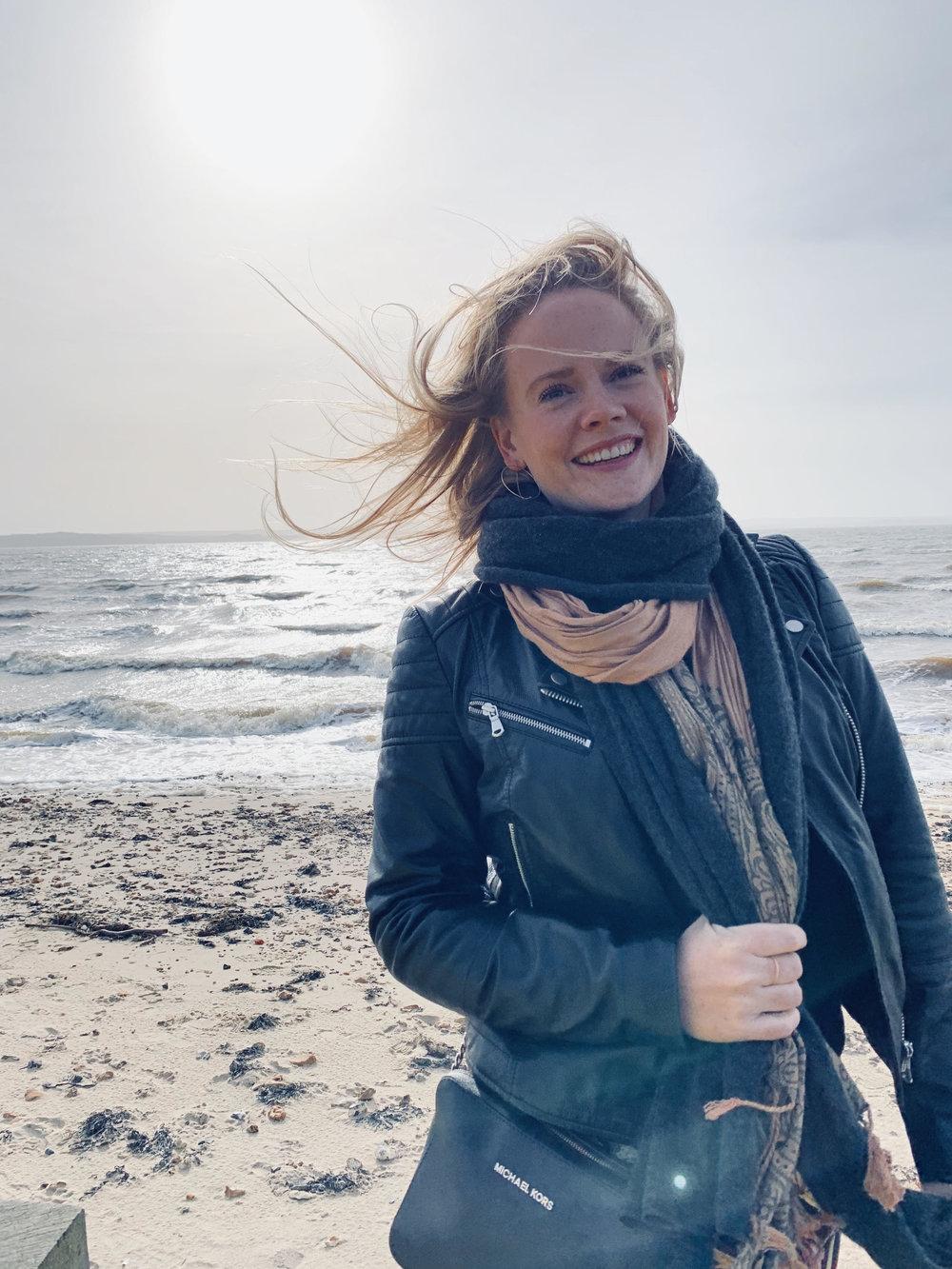 Lizzie Holmes, Dorset Soprano.jpg