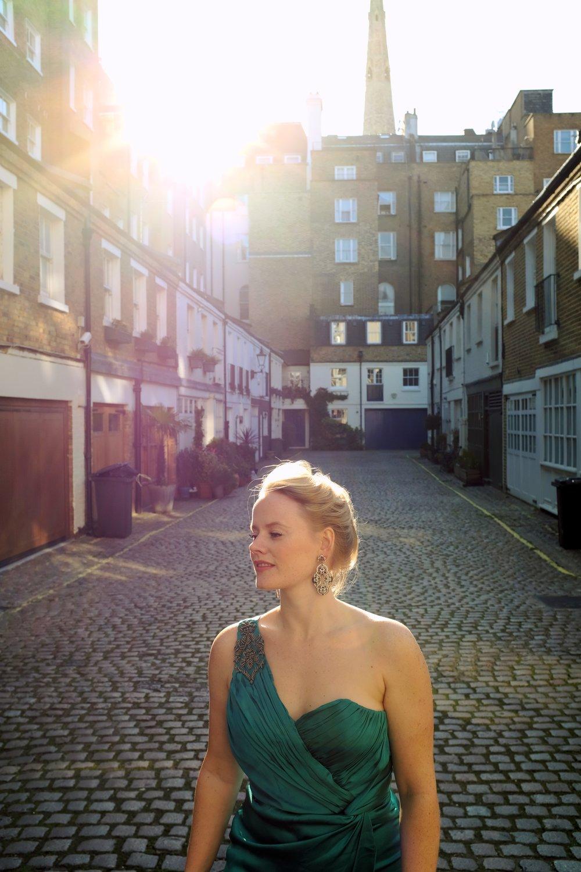 Lizzie Holmes, Marc Aldridge Shoot Spring 201910_Fotor.jpg