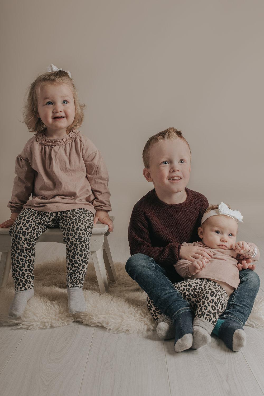 FamiljefotograferingFotograf Nathalie Nyberg webb 0006.jpg