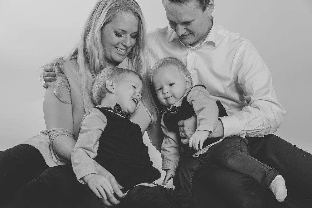 MalinF familjefotograferingFotograf Nathalie Nyberg webb0012.jpg