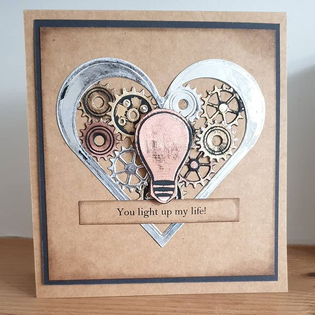 Its Friday Die Day on the H&C blog and this week featuring a retro @teamspellbinders Industrial 2 and @scrapbookadhesivesby3l #hopeandchances #homeallthingsspellbinders #scrapbookadhesiveby3l #spellbinders #neverstopmaking #heart #gears