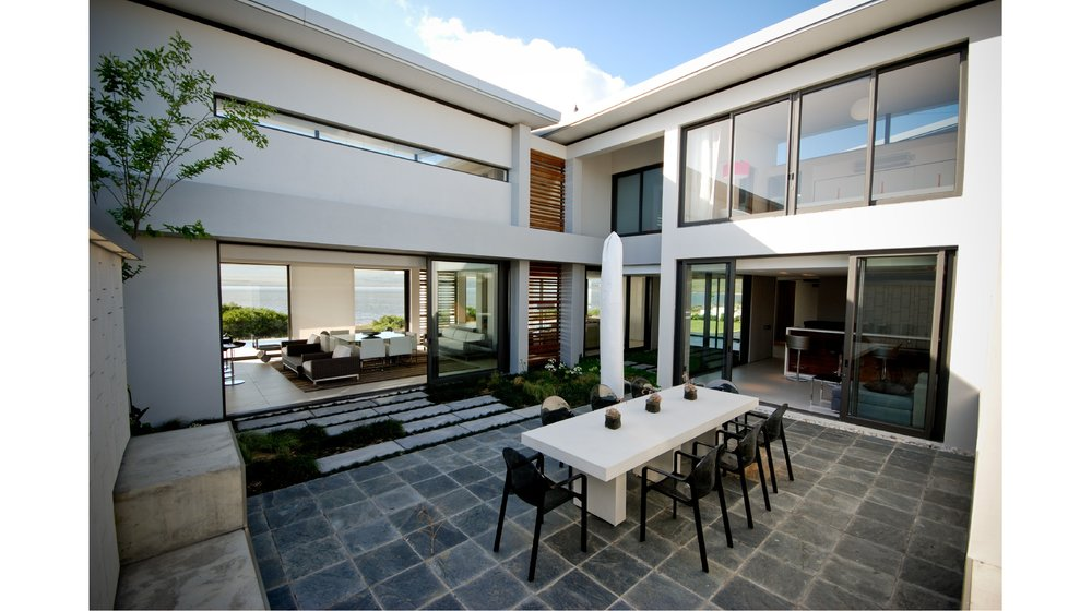 urban concepts COURTYARD HOUSE (3).jpg