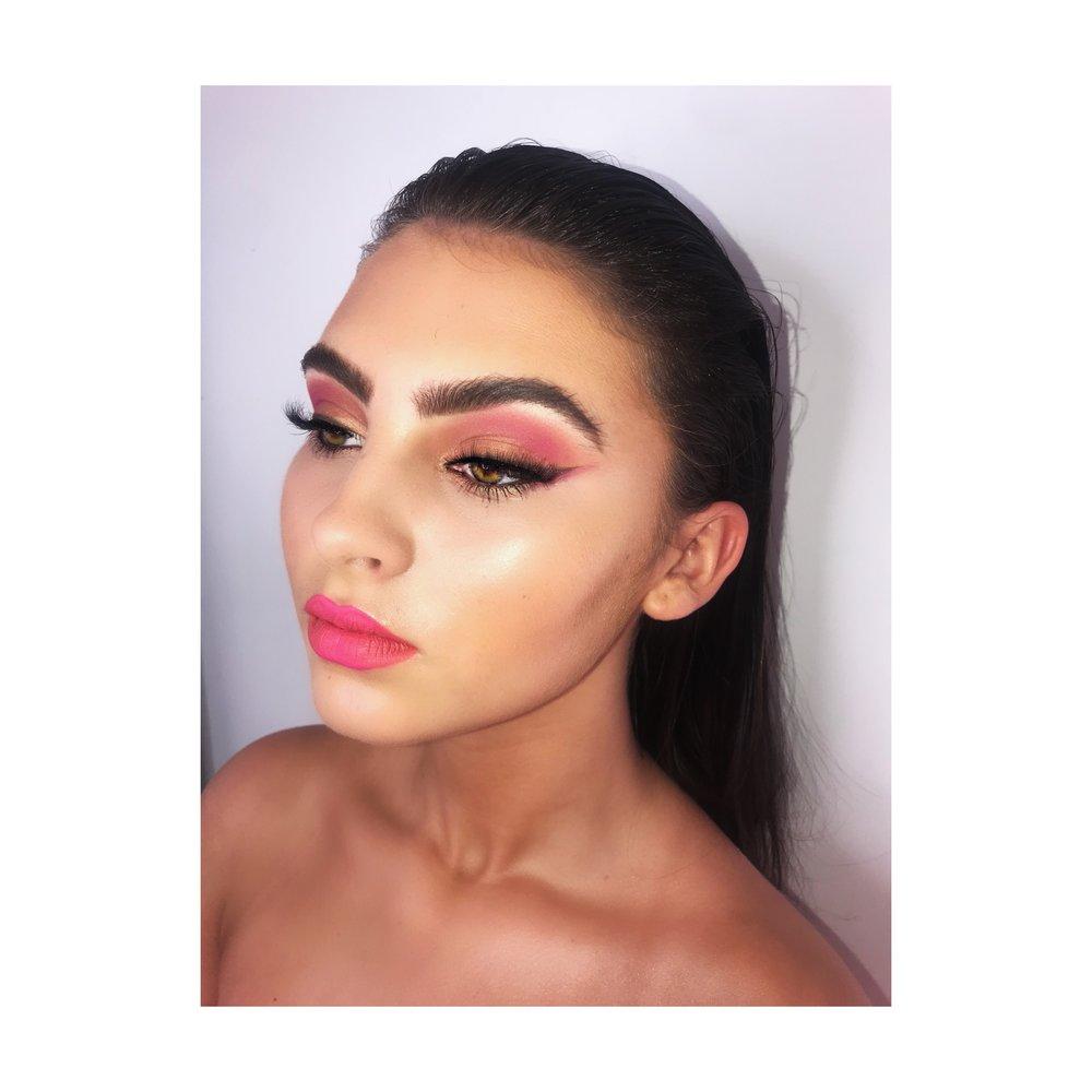 Rosin Conway Make-up Artist2.jpg