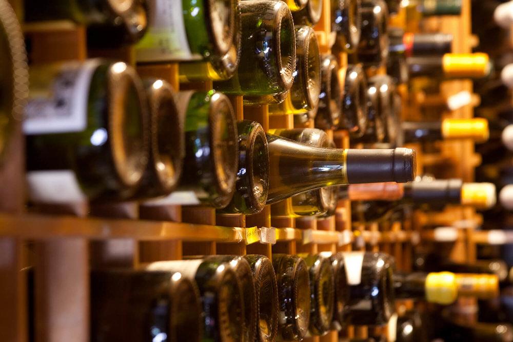 Pullman, wine bar Montreal, cellar