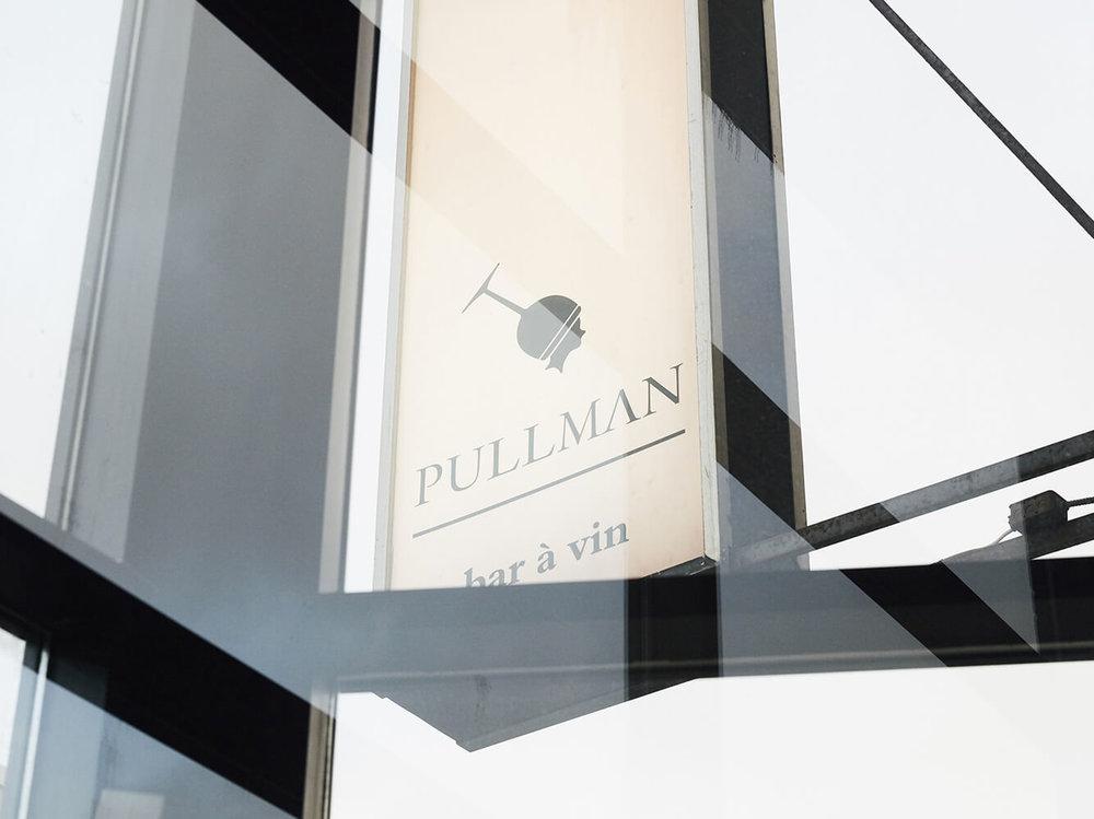Pullman, bar à vin Montréal, enseigne