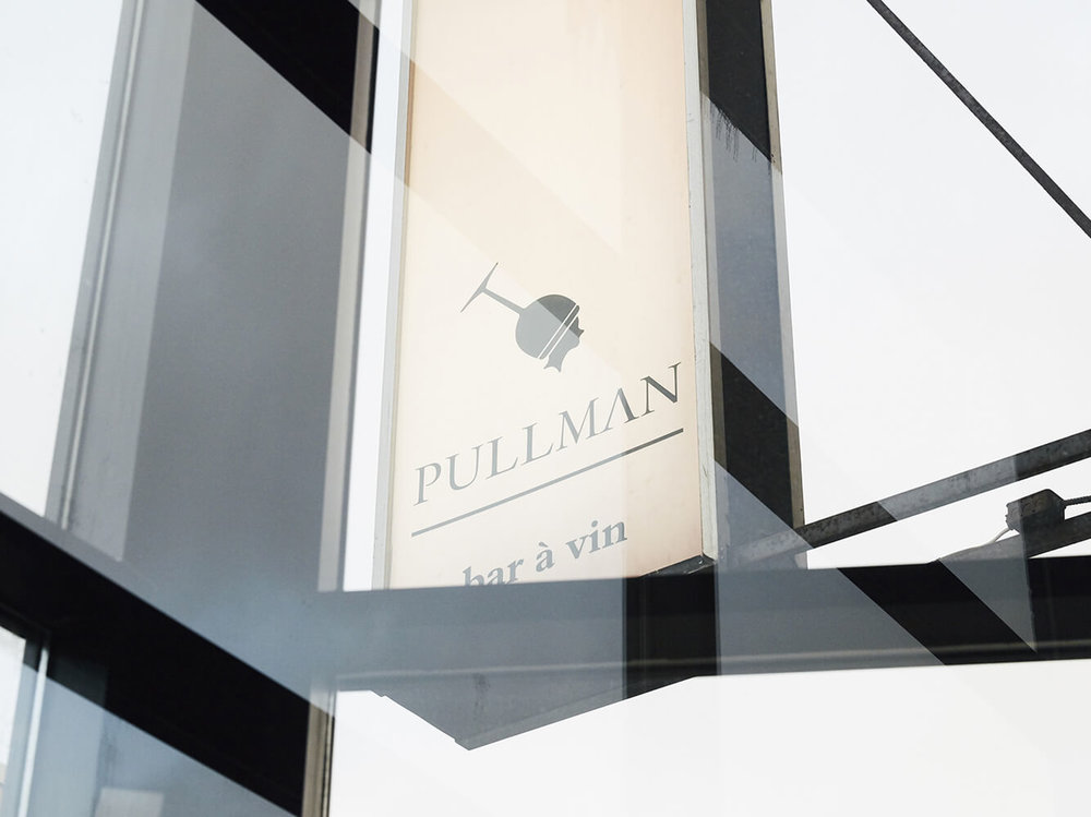 Pullman, wine bar Montreal, signboard
