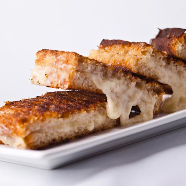 Pullman, grilled cheese