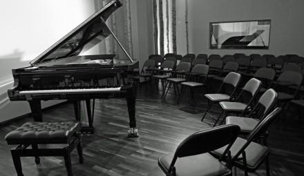 Veranstaltungsraum-Klangmanufaktur-c-Lukas-Eylandt-Klangmanufaktur-440x255.jpg