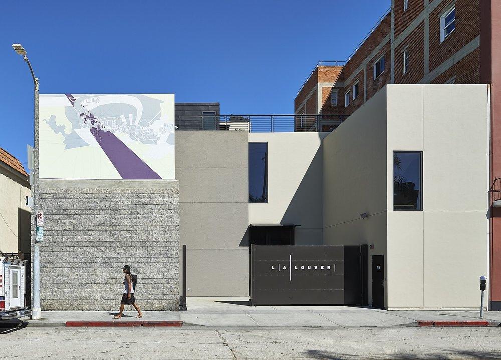 LA Louver / Tim Street-Porter