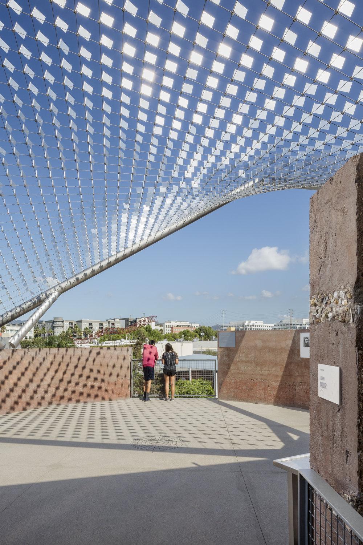 Crossroads Pavilion_02.jpg